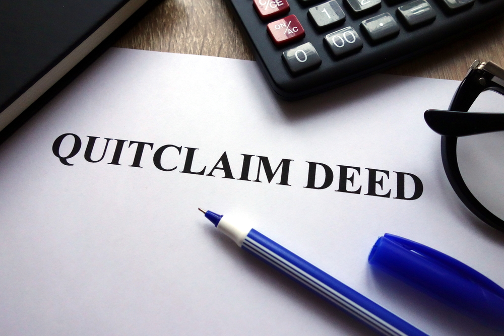 When to Use a Quit Claim Deed During Divorce